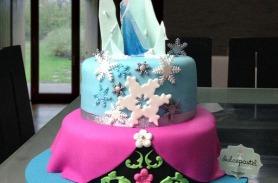 Torta de Frozen, Ana y Elsa, en Envigado, Dulcepastel.com