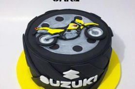 torta-moto-suzuki-medellin-dulcepastel