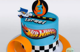 hot-wheels-deluxe-cake-delivery-medellin